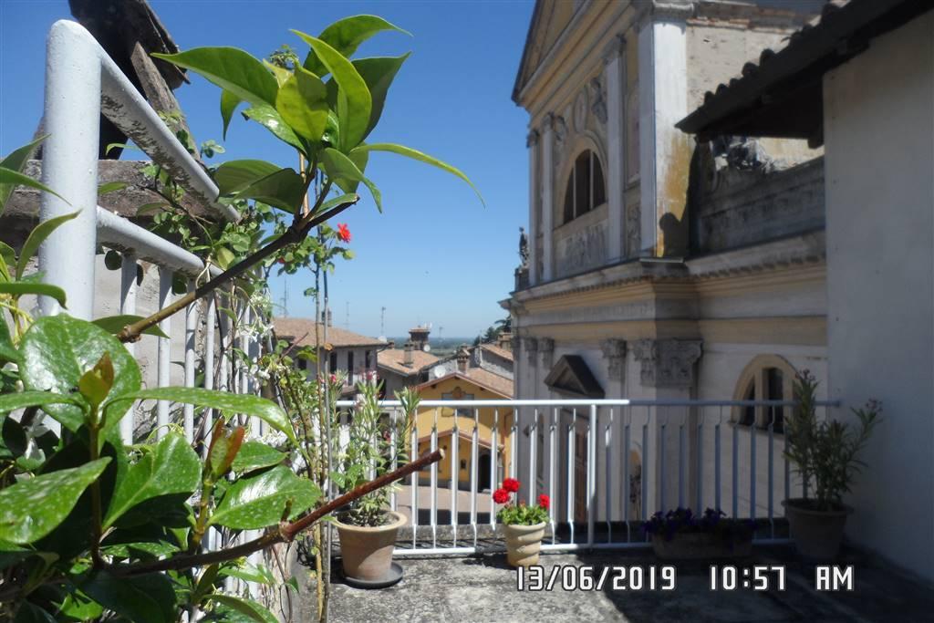 Appartamento in vendita a Casteggio, 3 locali, prezzo € 49.000 | CambioCasa.it