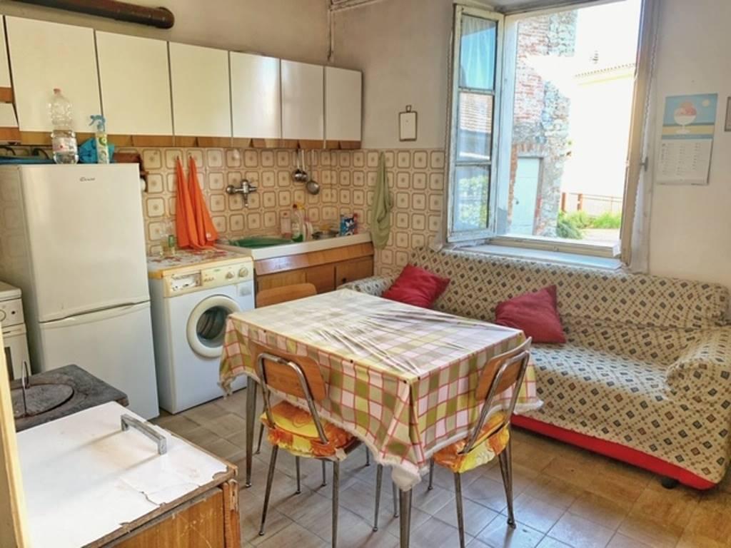 Soluzione Semindipendente in vendita a Costa Vescovato, 8 locali, prezzo € 26.500 | PortaleAgenzieImmobiliari.it