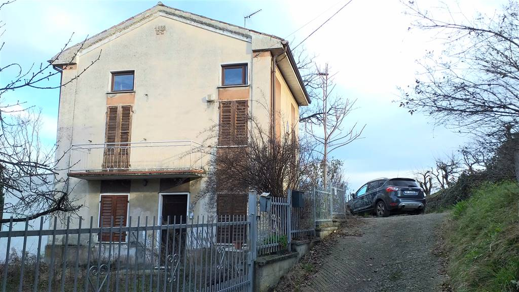 Soluzione Indipendente in vendita a Pozzol Groppo, 5 locali, prezzo € 80.000 | PortaleAgenzieImmobiliari.it
