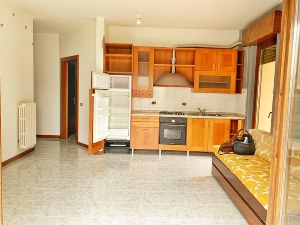 Appartamento in vendita a Rivanazzano, 2 locali, prezzo € 58.000   CambioCasa.it