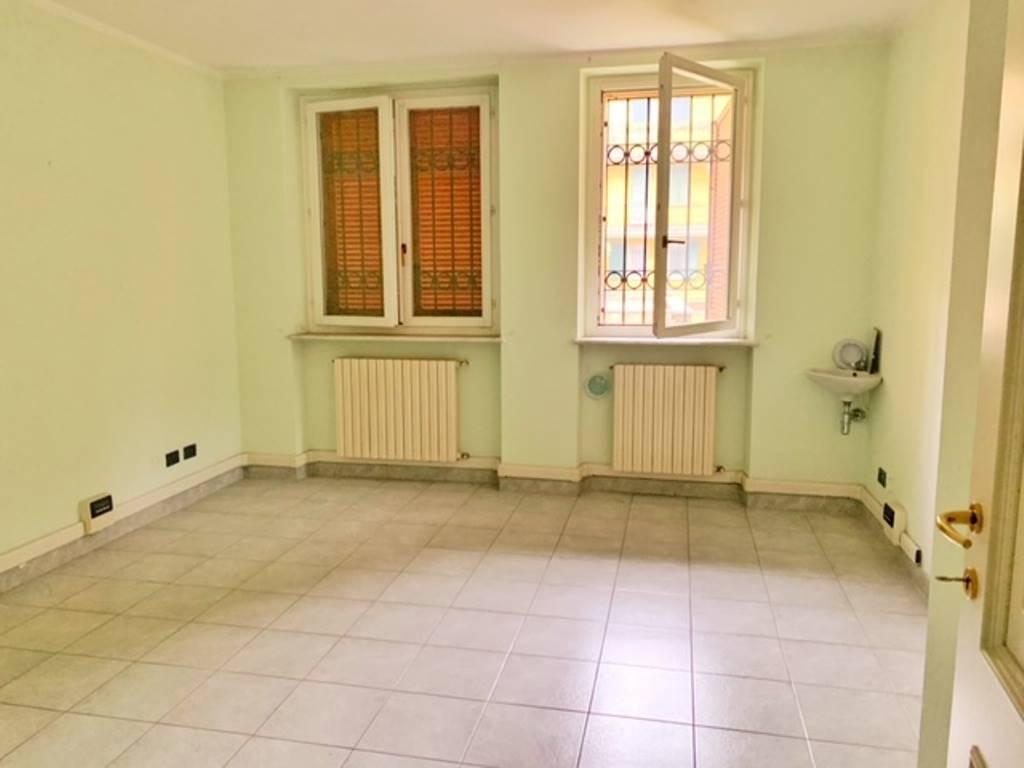 Ufficio / Studio in affitto a Voghera, 3 locali, prezzo € 500 | PortaleAgenzieImmobiliari.it