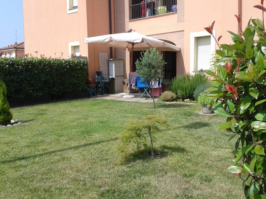 Soluzione Indipendente in affitto a Lungavilla, 4 locali, prezzo € 520 | CambioCasa.it
