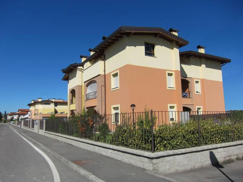 Appartamento in affitto a Lungavilla, 4 locali, prezzo € 450   PortaleAgenzieImmobiliari.it