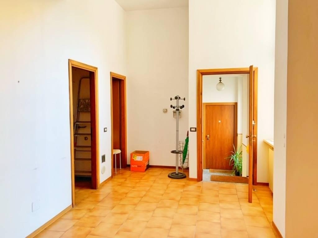 Ufficio / Studio in affitto a Voghera, 4 locali, prezzo € 500 | PortaleAgenzieImmobiliari.it