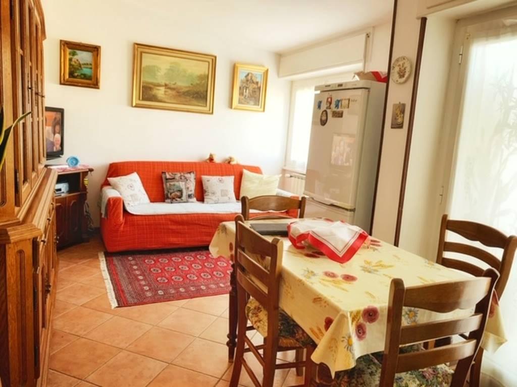 Appartamento in vendita a Tortona, 3 locali, prezzo € 37.000 | PortaleAgenzieImmobiliari.it