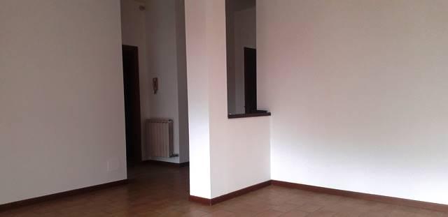 Appartamento in affitto a Voghera, 3 locali, prezzo € 500   CambioCasa.it