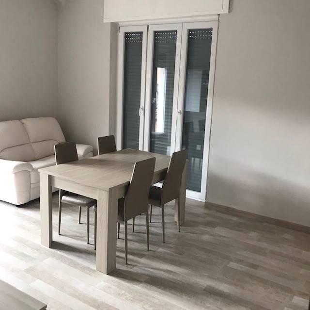 Appartamento in vendita a Stradella, 3 locali, prezzo € 98.000 | CambioCasa.it