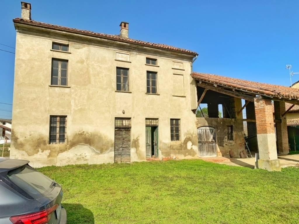 Rustico / Casale in vendita a Isola Sant'Antonio, 5 locali, zona Località: CASONINI, prezzo € 30.000 | CambioCasa.it
