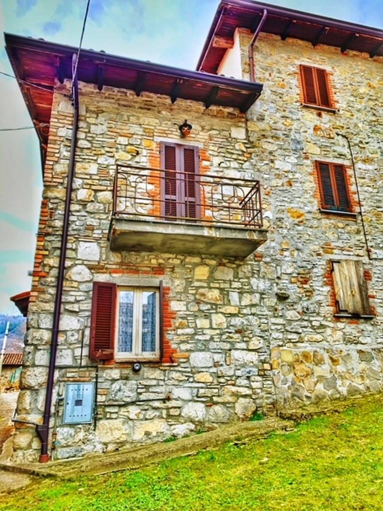 Soluzione Semindipendente in vendita a Romagnese, 4 locali, zona Località: CASA MATTI, prezzo € 55.000   CambioCasa.it