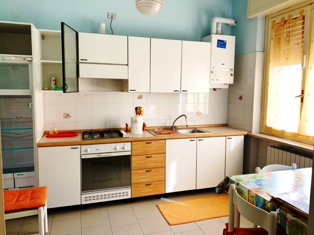Appartamento in affitto a Montebello della Battaglia, 4 locali, prezzo € 400 | CambioCasa.it