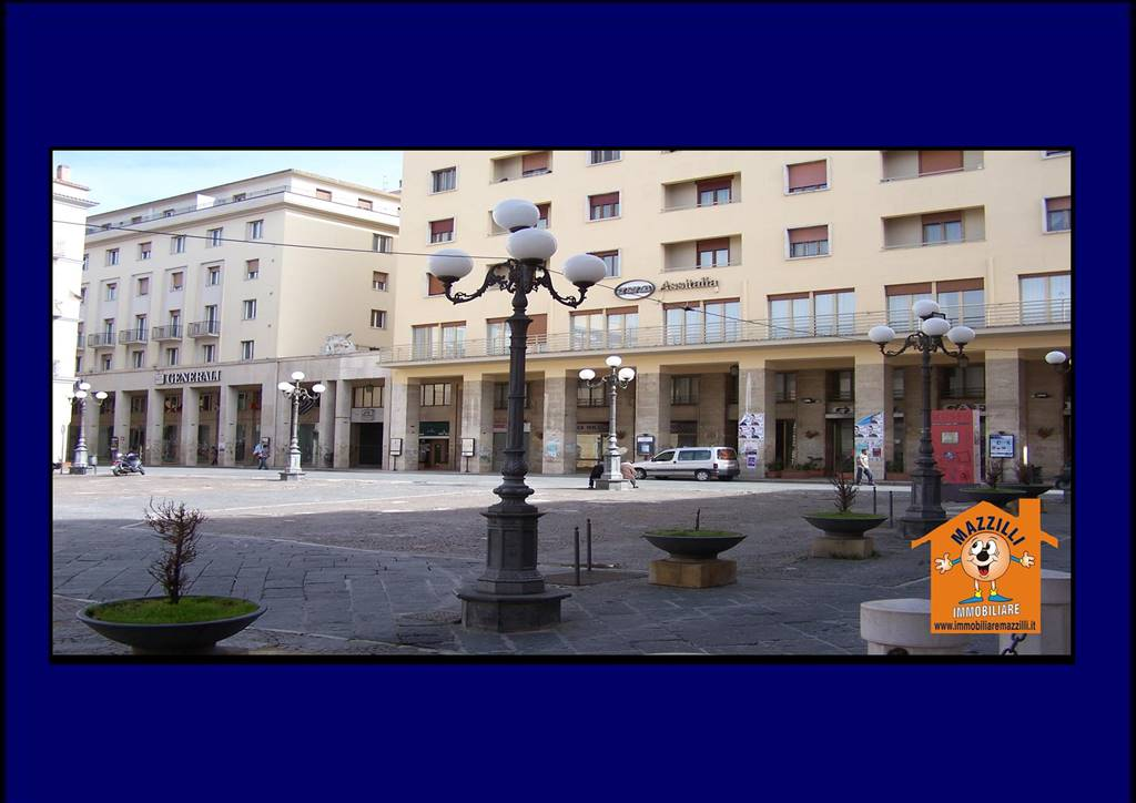 Ufficio / Studio in affitto a Potenza, 4 locali, zona Zona: Centro storico, prezzo € 600 | CambioCasa.it