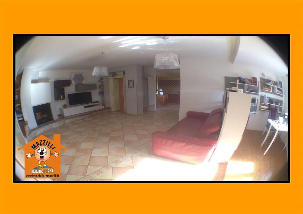 Casa semi indipendente in Via Fratelli Perito, Pignola