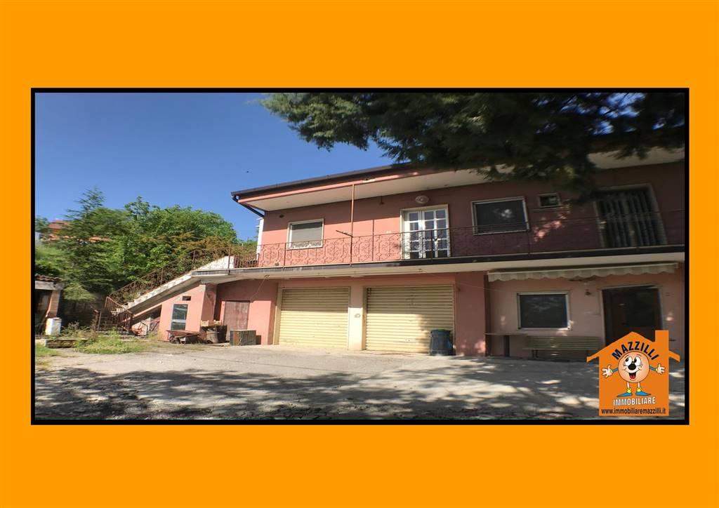Casa semi indipendente in Contrada Piani Del Cardillo, Potenza
