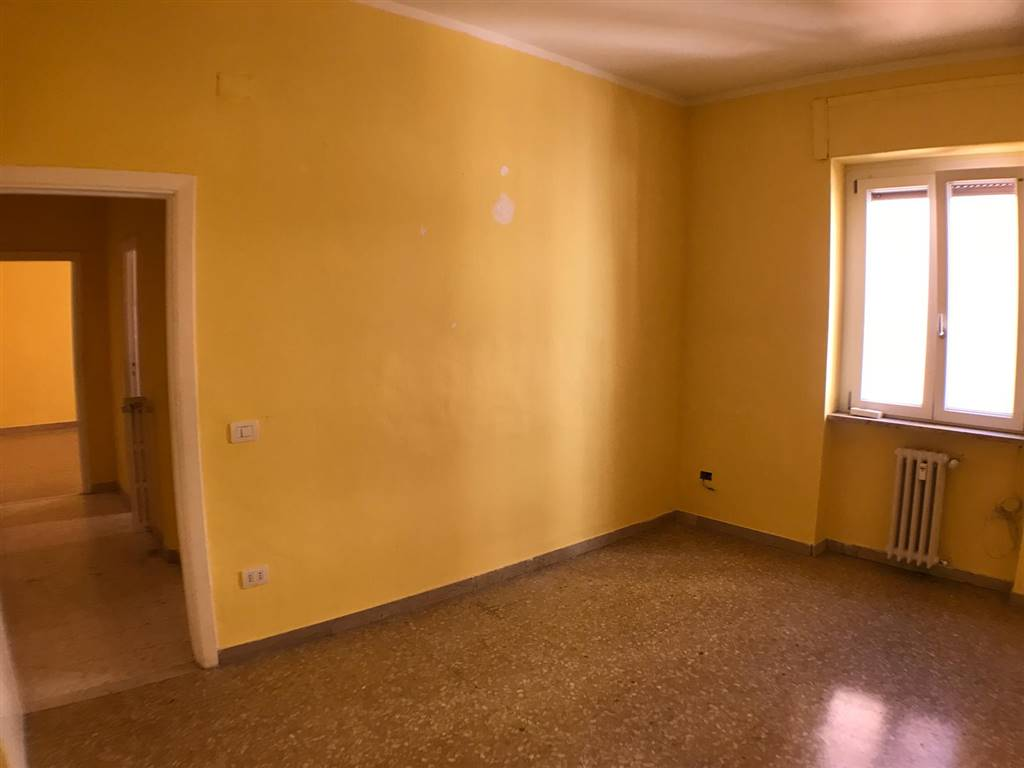 Appartamento in affitto a Potenza, 2 locali, zona Zona: Viale Dante, prezzo € 300 | CambioCasa.it