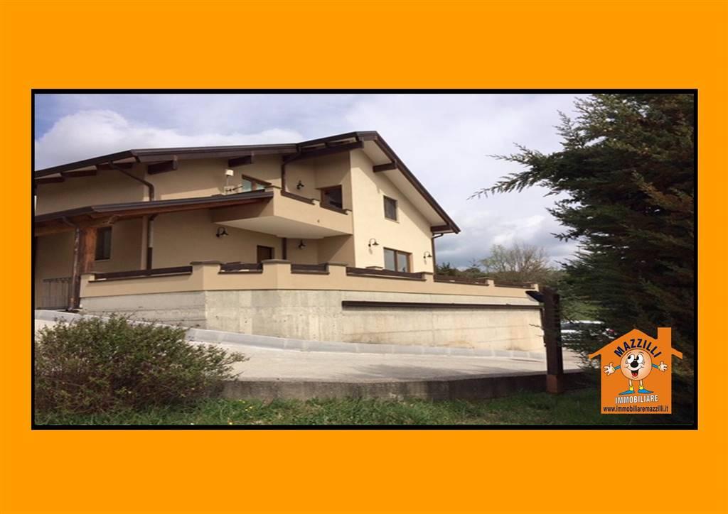 Villa in Via Ponte Sant'antonio, Potenza