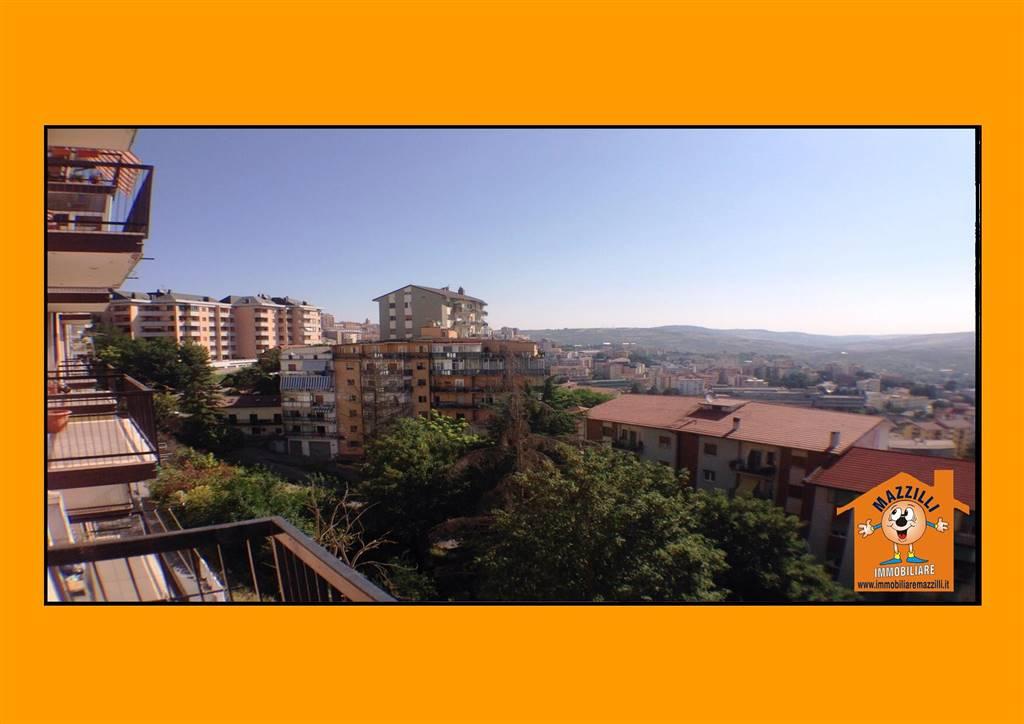 Appartamento in Via Dei Tigli, Semicentro, Potenza