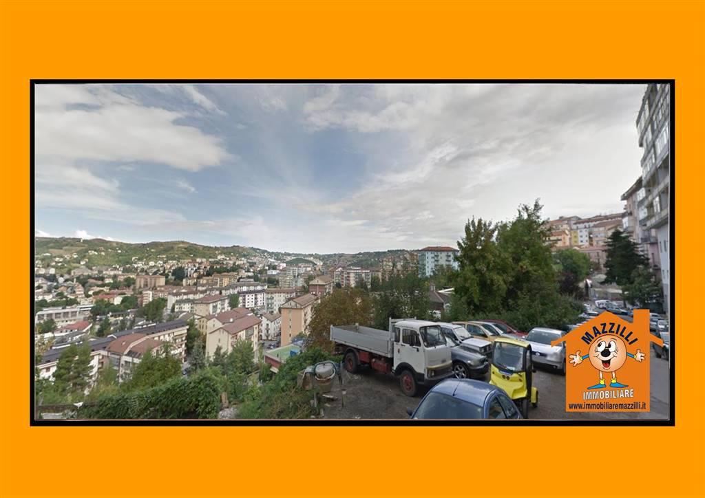 Immobile Commerciale in vendita a Potenza, 2 locali, zona centro, prezzo € 63.000 | PortaleAgenzieImmobiliari.it