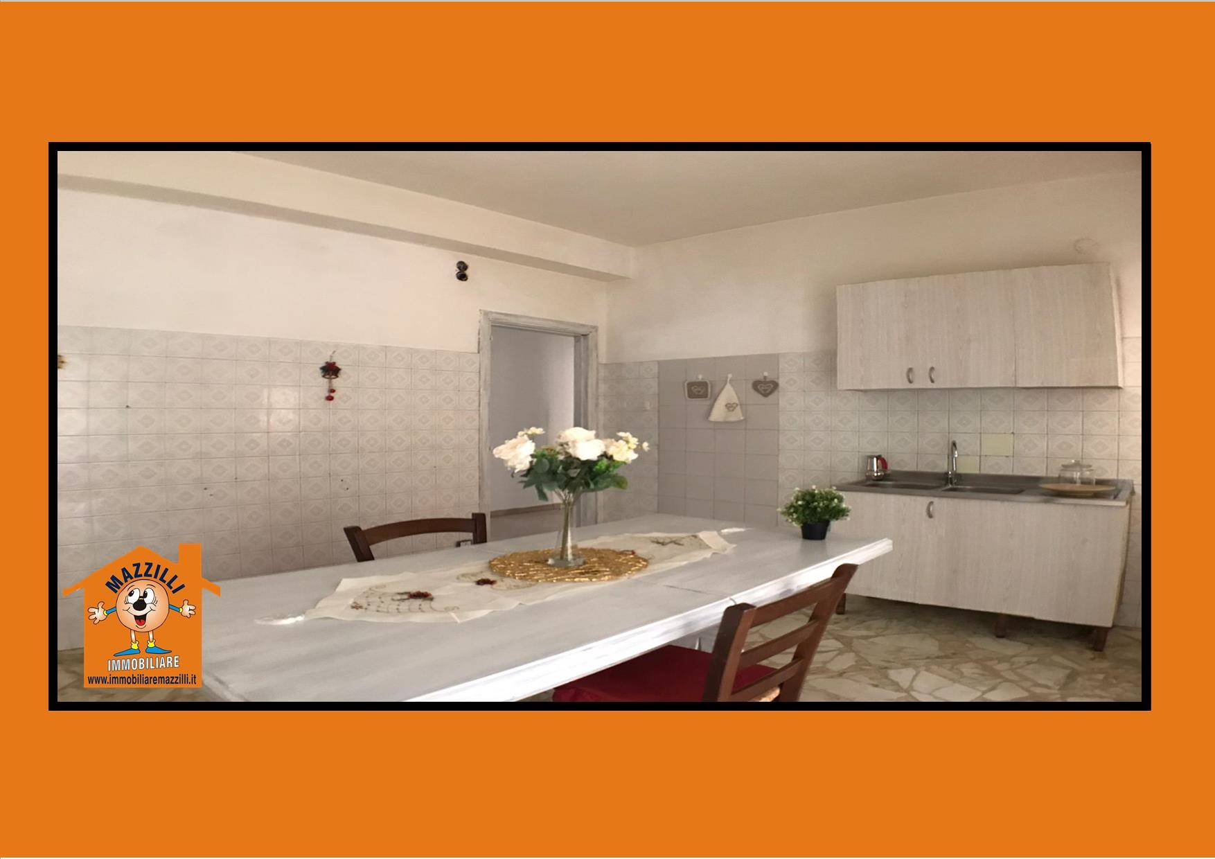 Appartamento in vendita a Potenza, 5 locali, zona Zona: Semicentro, prezzo € 147.000 | CambioCasa.it