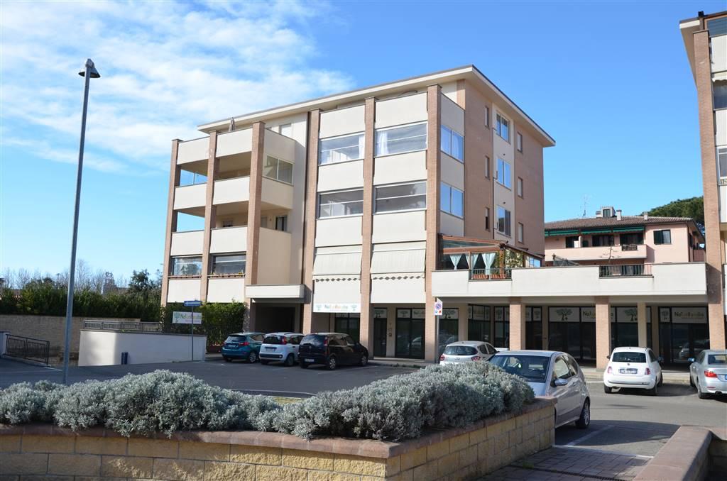 Appartamento in vendita a Viterbo, 4 locali, zona Zona: Periferia, prezzo € 149.000   CambioCasa.it