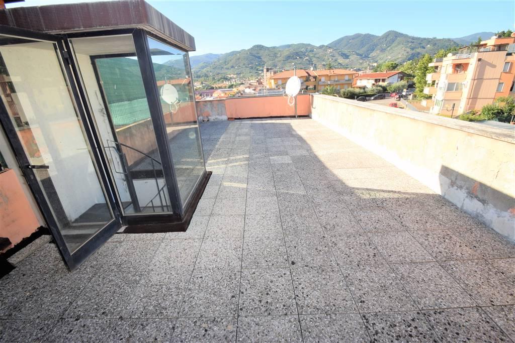 Appartamento in vendita a Uzzano, 3 locali, prezzo € 65.000   CambioCasa.it