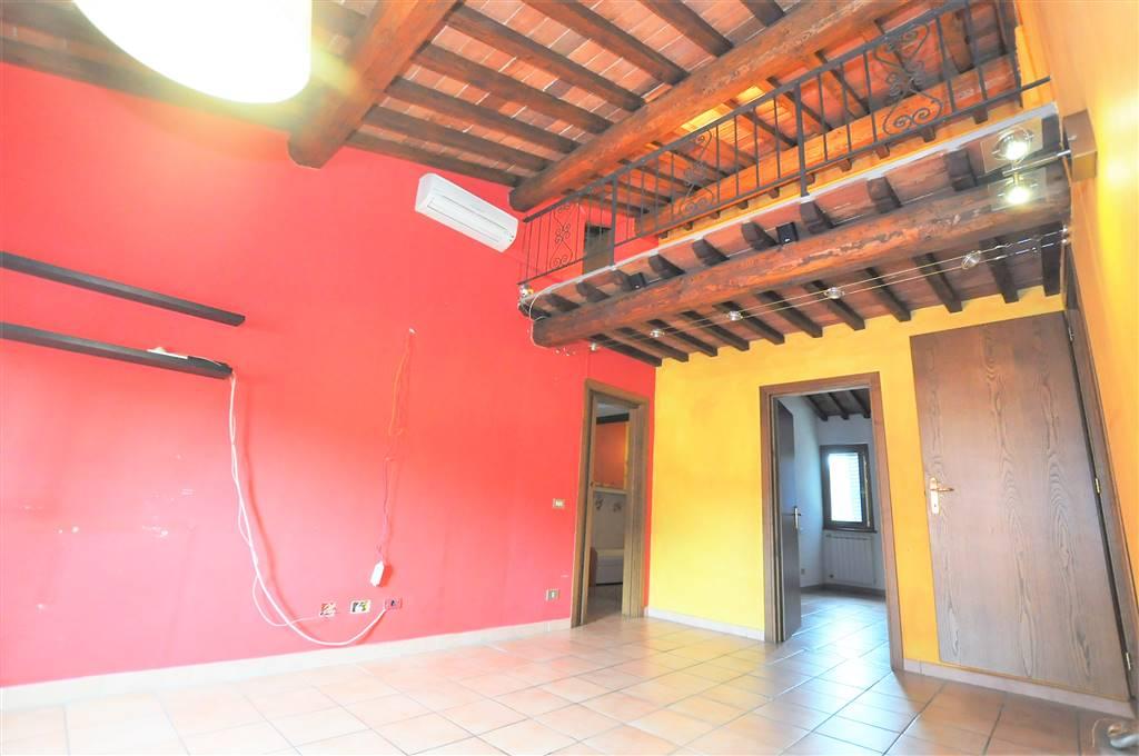 Appartamento in vendita a Buggiano, 3 locali, prezzo € 85.000 | CambioCasa.it