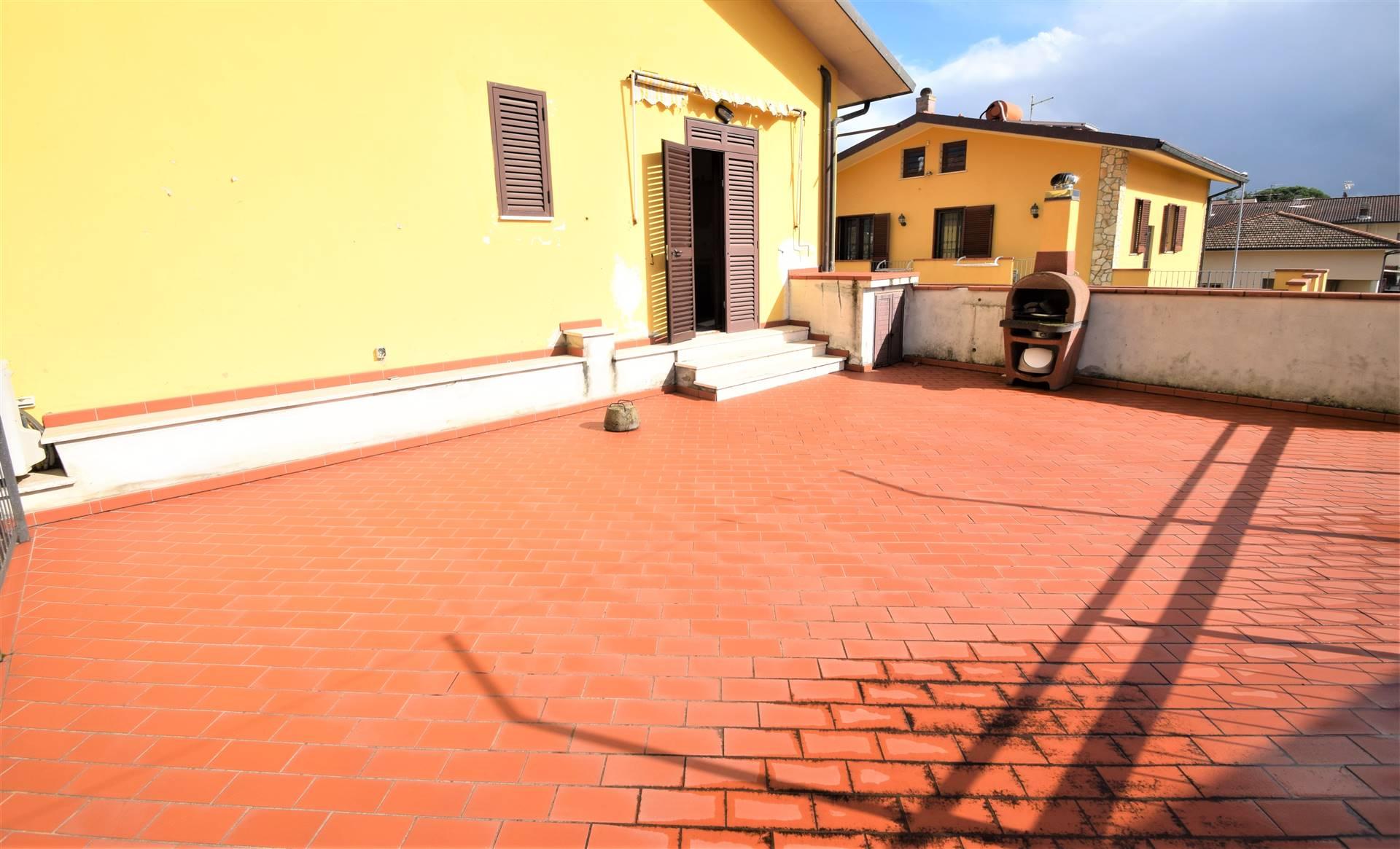 Appartamento in vendita a Pieve a Nievole, 6 locali, prezzo € 143.000 | PortaleAgenzieImmobiliari.it