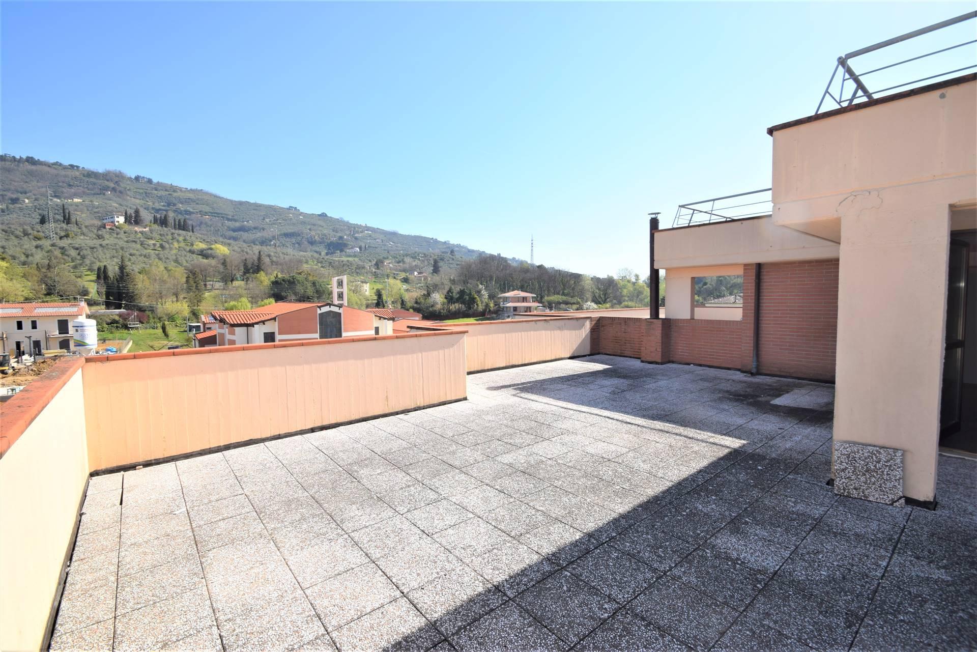 Attico / Mansarda in vendita a Uzzano, 6 locali, prezzo € 123.000 | PortaleAgenzieImmobiliari.it