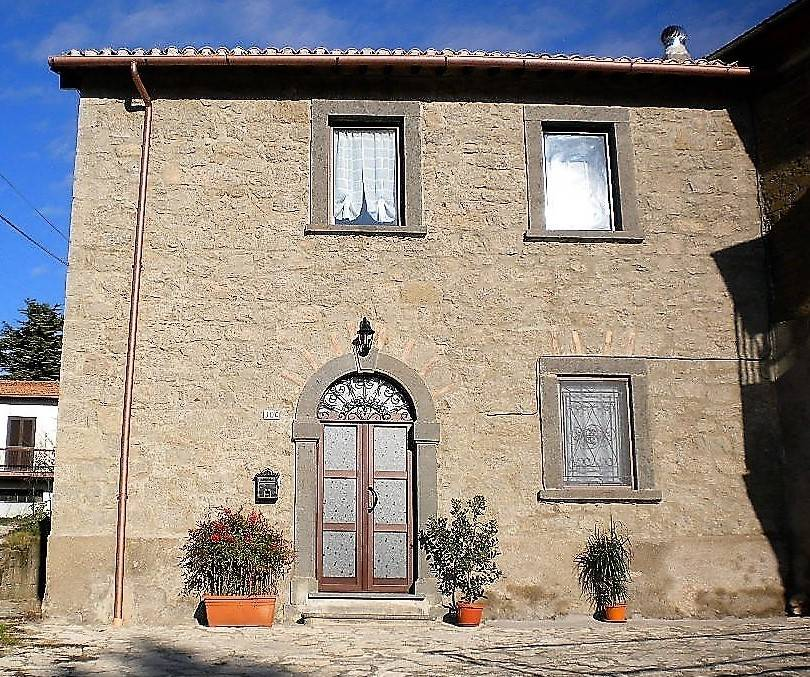 Rustico casale, Coste-pelucche, Montefiascone, ristrutturato