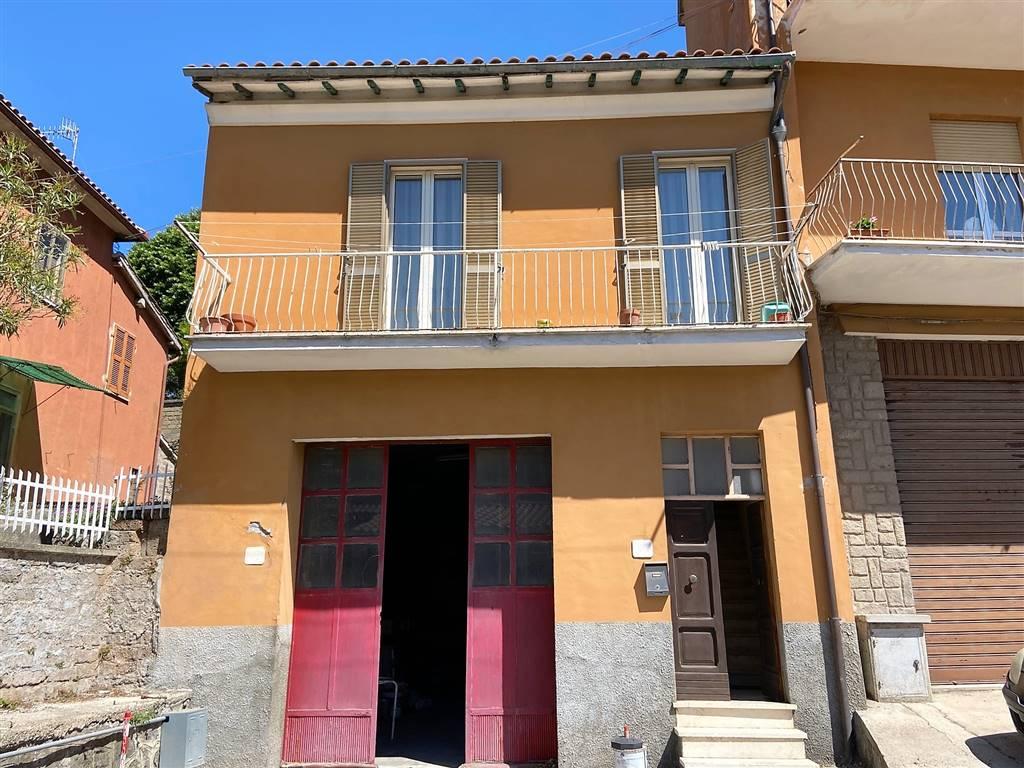 Appartamento in vendita a Montefiascone, 4 locali, prezzo € 70.000 | PortaleAgenzieImmobiliari.it