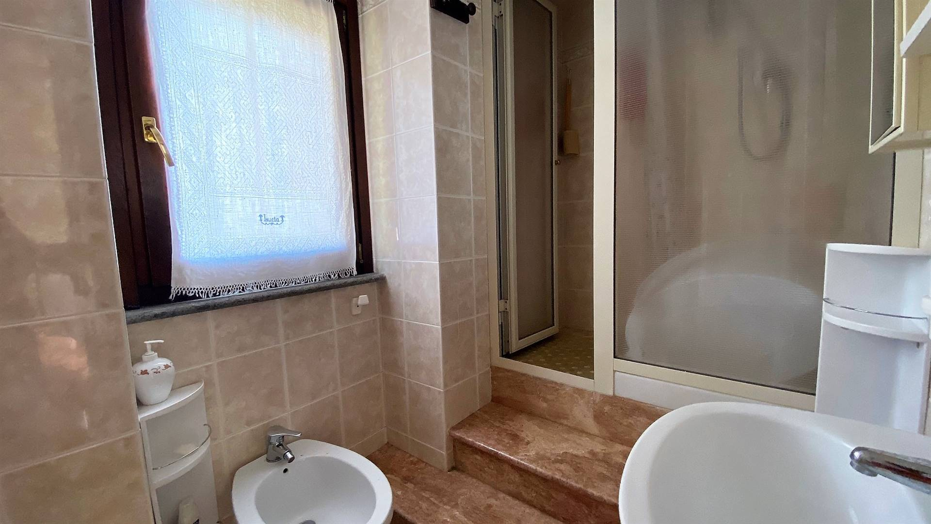 bagno matrimoniale - Rif. 1001