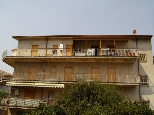 Appartamento a CAPRI LEONE