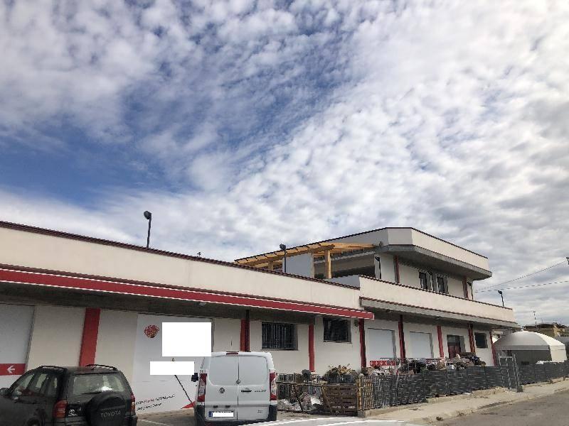 Attività commerciale in Affitto Ribera in provincia di Agrigento