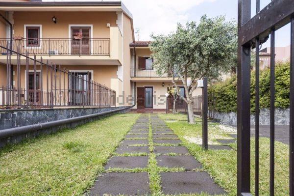 Villa a schiera in Via Ungheretti, Altarello, Giarre