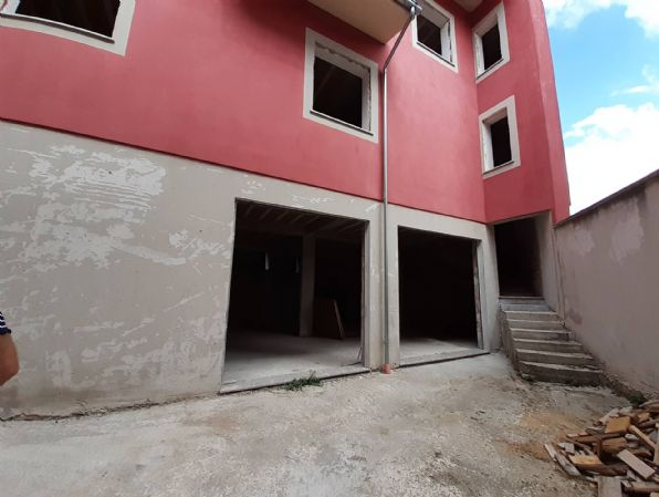 Negozio / Locale in vendita a Montella, 1 locali, prezzo € 48.000 | CambioCasa.it