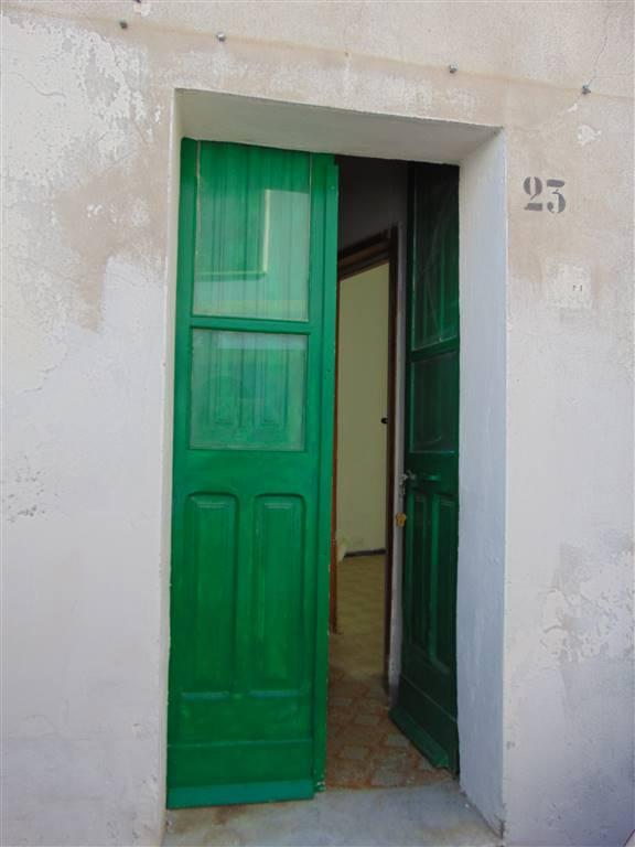 Casa semi indipendente in Via Roma Snc, Tortoli'