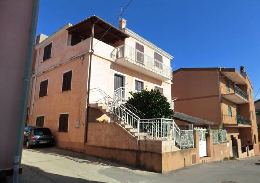 Casa semi indipendente in Via Mazzini, Bari Sardo