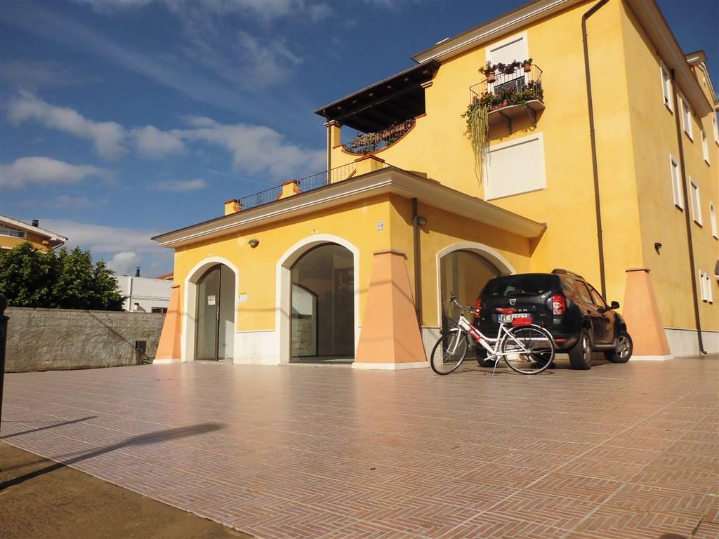 Negozio / Locale in affitto a Tortolì, 1 locali, prezzo € 3.000 | PortaleAgenzieImmobiliari.it