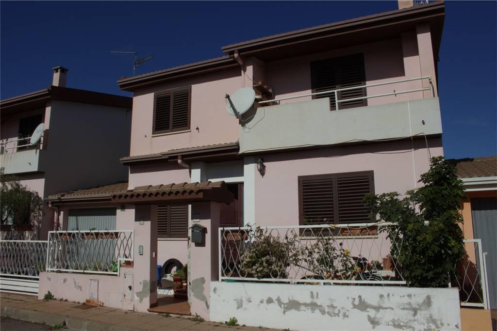 Casa singola in Vico Sabin 6, Tortoli'