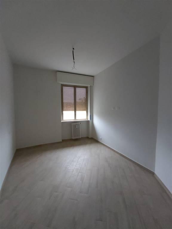 Proponiamo in affitto bilocale sito al secondo piano in un contesto condominiale. l'immobile è stato ristrutturato completamente e verrà consegnato