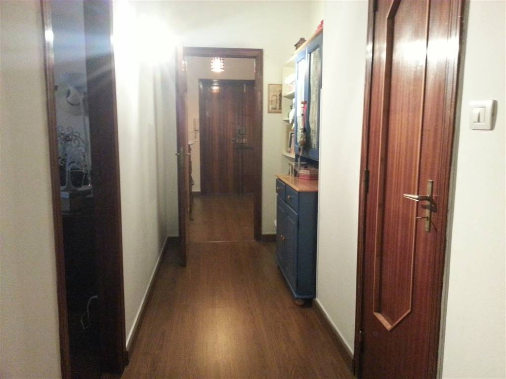 Appartamento in affitto a Salerno, 4 locali, zona Zona: Carmine, prezzo € 750   CambioCasa.it