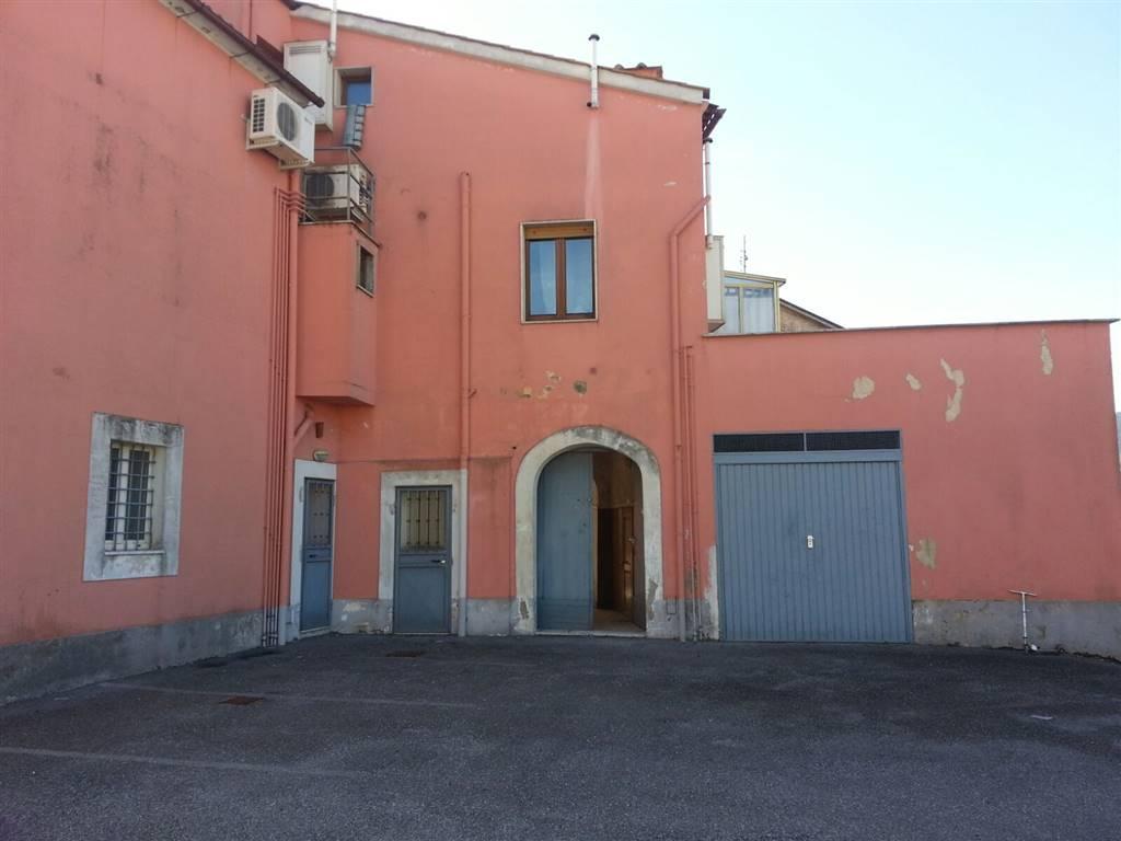 Casa semi indipendente in Viale Degli Etruschi, Matierno, Salerno