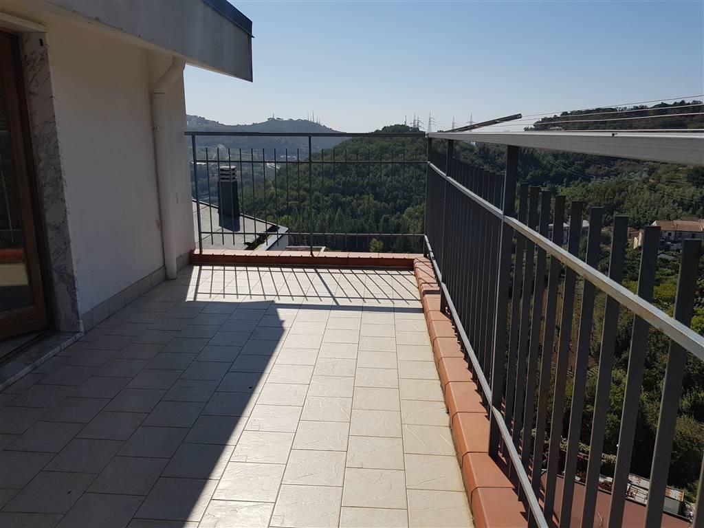 Appartamento, Fratte, Salerno, in ottime condizioni