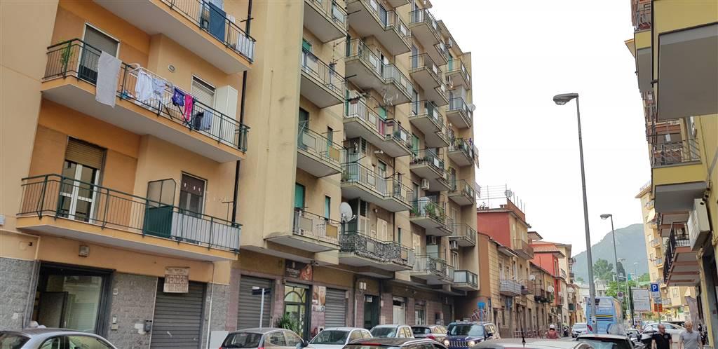 Trilocale in Via Irno, Irno, Salerno
