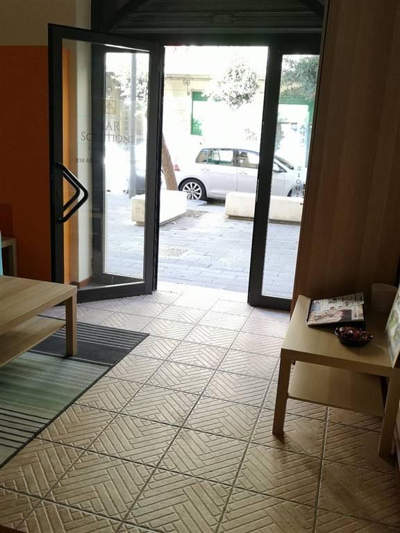 Attività commerciale in Via Manganario 68, Carmine, Salerno