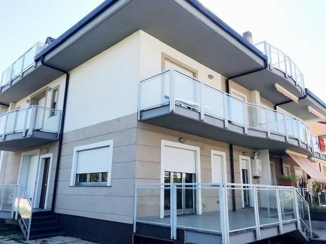 Soluzione Semindipendente in affitto a Pontecagnano Faiano, 6 locali, zona Località: SANTANTONIO A PICENZA, prezzo € 850 | CambioCasa.it