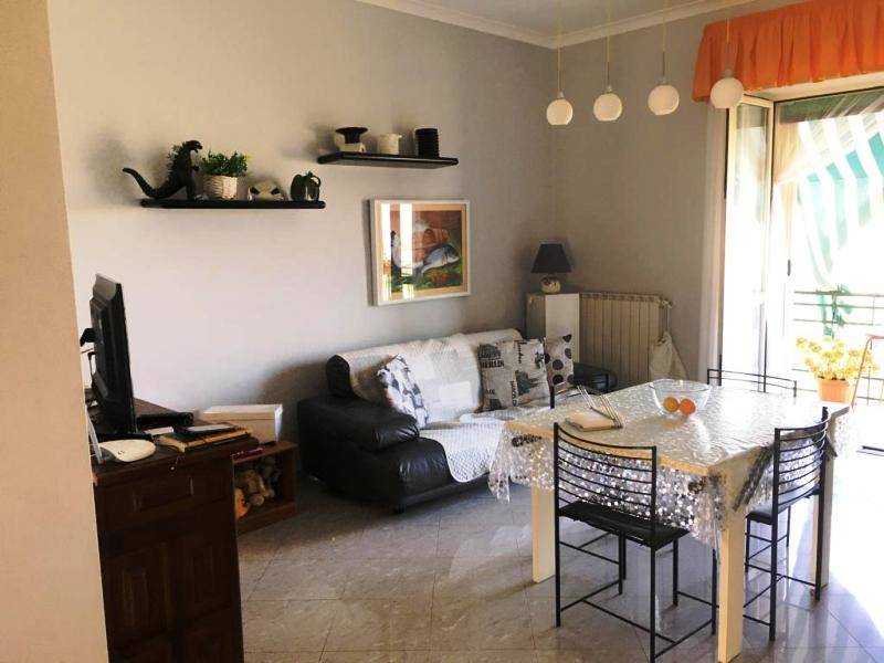 GRAGNANO, Apartment for sale of 110 Sq. mt., Good condition, Heating Individual heating system, Energetic class: G, Epi: 1 kwh/m2 year, placed at 4°,