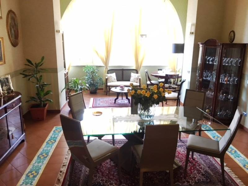 GRAGNANO, Apartment for sale of 200 Sq. mt., Excellent Condition, Heating Individual heating system, Energetic class: G, Epi: 1 kwh/m2 year, placed