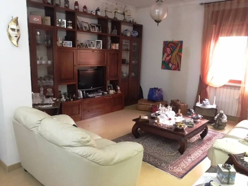 GRAGNANO, Apartment for sale of 120 Sq. mt., Excellent Condition, Heating Individual heating system, Energetic class: G, Epi: 1 kwh/m2 year, placed