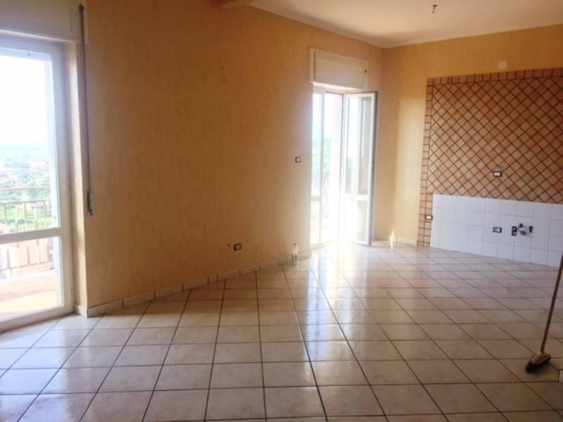 Appartamento in vendita a Gragnano, 3 locali, prezzo € 245.000 | CambioCasa.it
