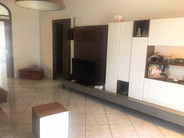GRAGNANO, Appartamento in vendita di 130 Mq, Ottime condizioni, Riscaldamento Autonomo, Classe energetica: G, Epi: 1 kwh/m2 anno, posto al piano
